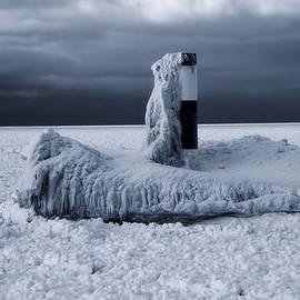 Dan Sproul - The Polar Vortex Freezes The Great Lakes