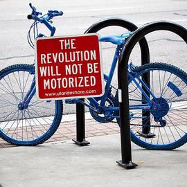 Rona Black - The Revolution Will Not Be Motorized
