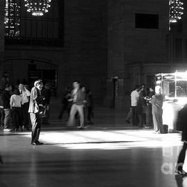 Miriam Danar - The Scream - People of New York City