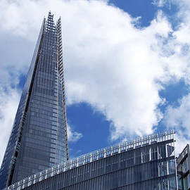 Rona Black - The Shard and The Place - London