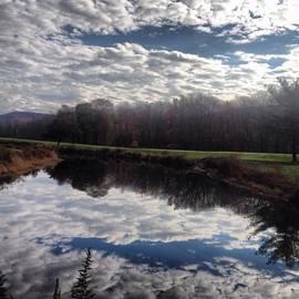 Steph Zemsky - The Sky Is Confused ⛅️ #upsidedown