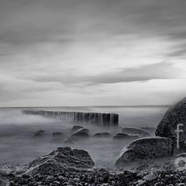 Martin Slotta - The stone