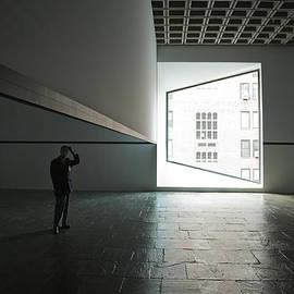 Joanna Madloch - The Trap of Light