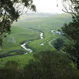 Ben Aronoff - The Valley Below
