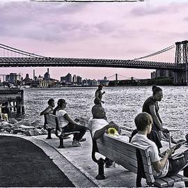 Madeline Ellis - They Gathered At The Williamsburg Bridge - Brooklyn - New York