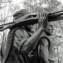 Cora Wandel - Three Soldiers In Vietnam