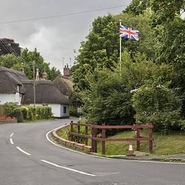 Maj Seda - Thruxton an English Village