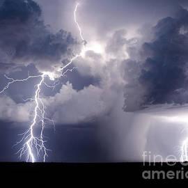 Ryan Smith - Thunderstruck