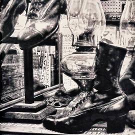 Douglas MooreZart - Time Travel by Foot