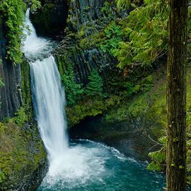 Nick  Boren - Toketee Falls