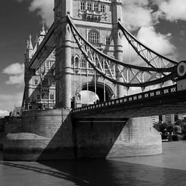Darren Peet - Tower Bridge London in Black and white