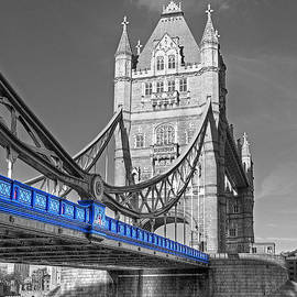 Gill Billington - Tower Bridge Vertical Selective Color