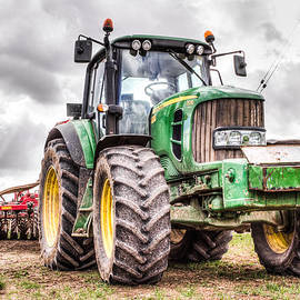 Ian Hufton - tractor 2
