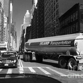 Miriam Danar - Traffic - New York in Perspective Series