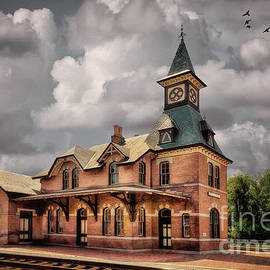 Lois Bryan - Train Station At Point Of Rocks