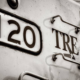 Joan Carroll - Tre 120