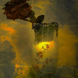Beverly Guilliams - Treasures in a Vase