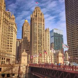 Paul Velgos - Tribune Tower And Dusable Bridge In