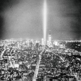 Vivienne Gucwa - Tribute in Light - New York City