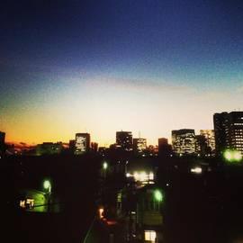 Rei Oguri - Tsukiji Skyline