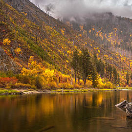 Mike Reid - Tumwater Canyon Fall Serenity