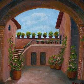 Becky Lupe - Tuscany Arch