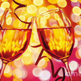 Maria Bobrova - Two Wine Glasses 3