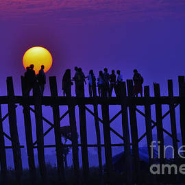 Beth Wolff - U Bein Bridge at Sunset