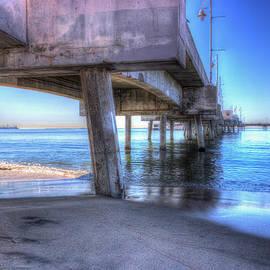 Heidi Smith - Under The Pier