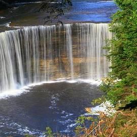 Dan Sproul - Upper Tahquamenon Falls