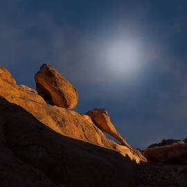 Gary Warnimont - Valley of Fire Square One