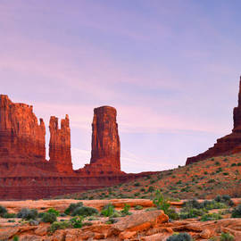 Christine Till - Valley of the Gods - A oasis for the soul