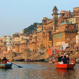 Amanda Stadther - Varanasi from the Ganges River
