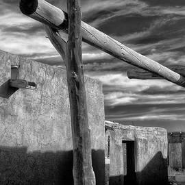 Gary Warnimont - Vegas Taos Pueblo