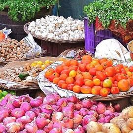 Kim Bemis - Vegetable Vendor - Omkareshwar India
