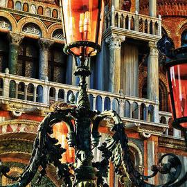 Connie Handscomb - Venetian Potpourri