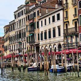 Mariola Bitner - Venice Vacation