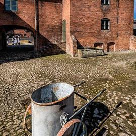 Adrian Evans - Victorian Courtyard