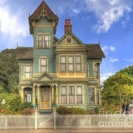 Matthew Hesser - Victorian House