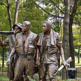 Catherine Gagne - Vietnam Veterans Statue