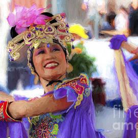 Sheila Smart - Vietnamese dancer