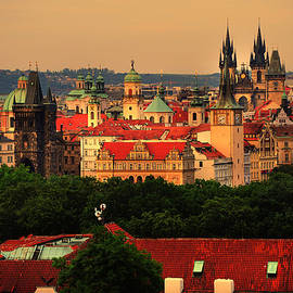 Jenny Rainbow - View of Old Prague from Petrin Hills