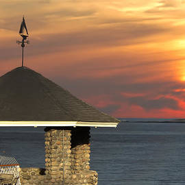 Randall Branham - Viewing Thatcher Island Lighthouse
