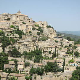 Pema Hou - Village of Gordes