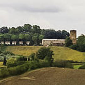 Karen Stephenson - Ville di Corsano near Siena - Tuscany Italy