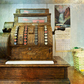 Eti Reid - Vintage cash register