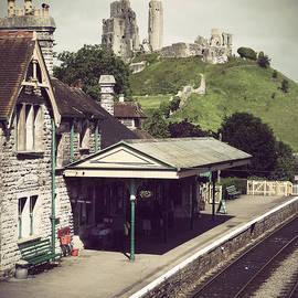 Linsey Williams - Vintage Corfe Castle