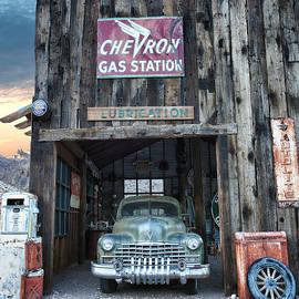 Renee Sullivan - Vintage Gas And Lube