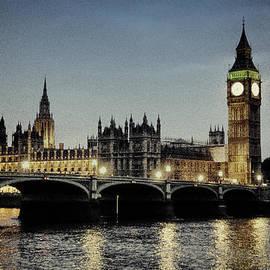 Claudio Bacinello - Vintage London by Night