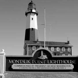 JOHN TELFER - Vintage Looking Montauk Lighthouse